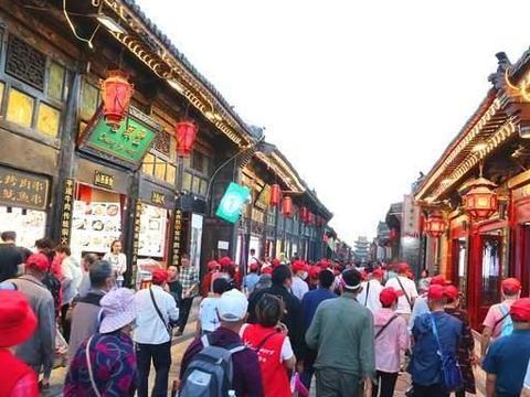 平遥古城里的东大街,隐藏着一个商会博物馆,游人常会错过