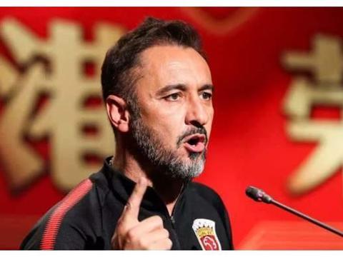 上港足协杯四球惨败,一人表现不佳当负首责,曾被球队寄予厚望