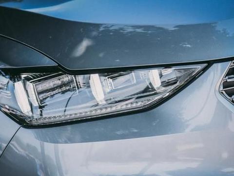 车灯也智能?WEY VV6:BBA同款加持,圈粉就是这么简单