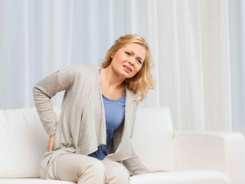 """女性经常腰痛,这3种疾病或是背后""""元凶"""",要及早治疗"""