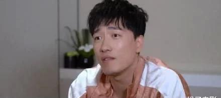 刘翔录制综艺《小巨人运动会》,首晒跟腱术后伤疤
