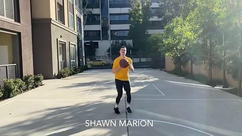 给我笑惨了!白模仿帝爆笑模仿NBA奇怪的投篮动作