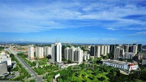 岭南油城茂名2020年前三季度GDP出炉,追上乌鲁木齐还需多久?