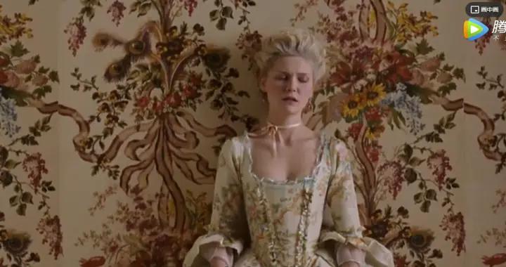 王室最美公主,却无性7年惨死遭唾弃:她有多风光,就有多凄凉