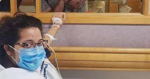 海外疫情观察 | 新冠孕妇插管抢救,提前10周生下婴儿