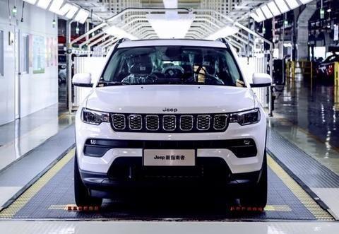 Jeep指南者的中期改款车型正式发布亮相,最大功率127kW