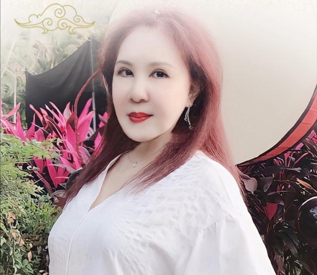 59岁西门大妈自拍磨皮过度,与刘德凯、焦恩俊演情侣被骂20年