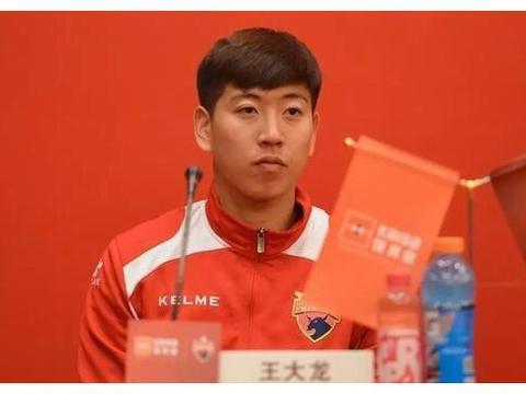 乌龙球+仅出场2次,深圳佳兆业离队首人浮现,8将遭清洗2外援在列