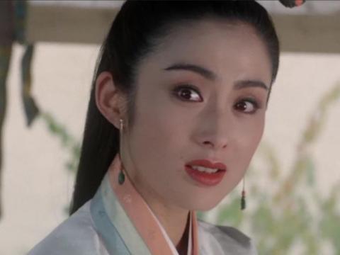 她18岁被向太捧红进圈,因太漂亮被向华强弟弟看上,如今生活幸福