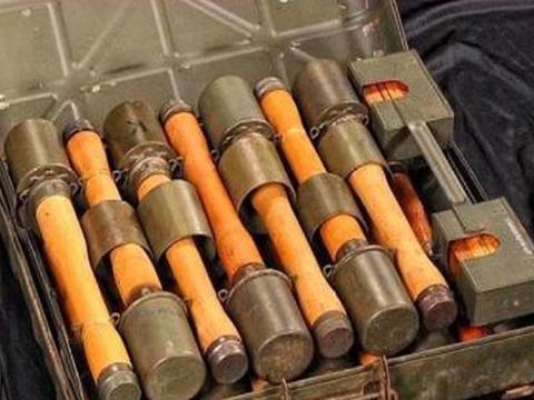 战场上怎么躲避手榴弹?牢记这一招,比跳和躲都要管用
