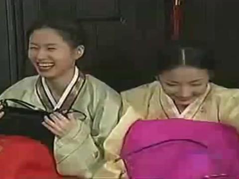 看了又看:基正去银珠家下聘礼,这就是韩国传统文化了