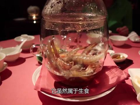 德国人敢吃生猪肉,韩国人敢吃生章鱼,中国人默默端出这道菜
