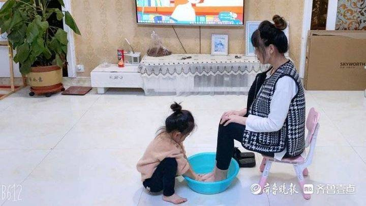 利津县盐窝镇中心幼儿园举行感恩节打卡活动