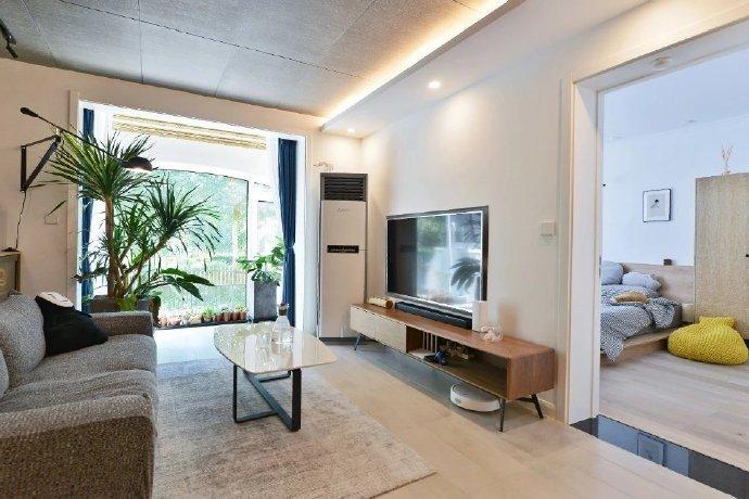 74平米的二居室装修只花了10万,混搭风格让人眼前一亮!