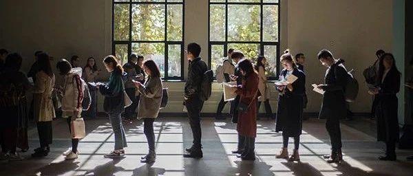 公务员成留学生就业一大选择?