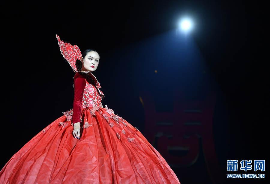 """Maryma·马艳丽""时装作品发布秀举行"