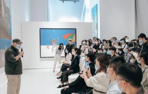 """华人艺术家夏阳福建首档个展""""渲写·行变""""在厦展出"""