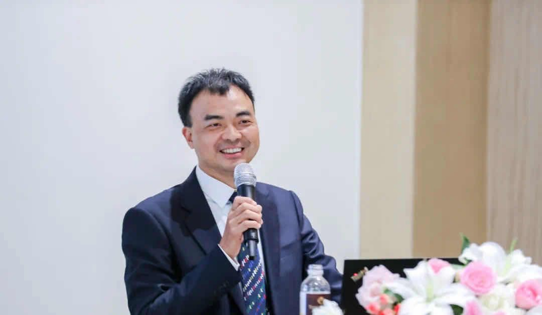 郎酒集团总裁刘毅:郎酒种植基地规模达40万亩图片