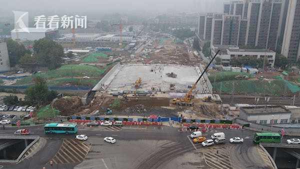 西安太华路陇海铁路立交桥主体完工图片