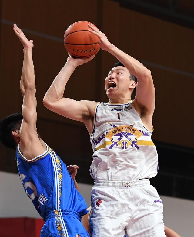 篮球|CBA第一阶段:北京紫禁勇士胜苏州肯帝亚