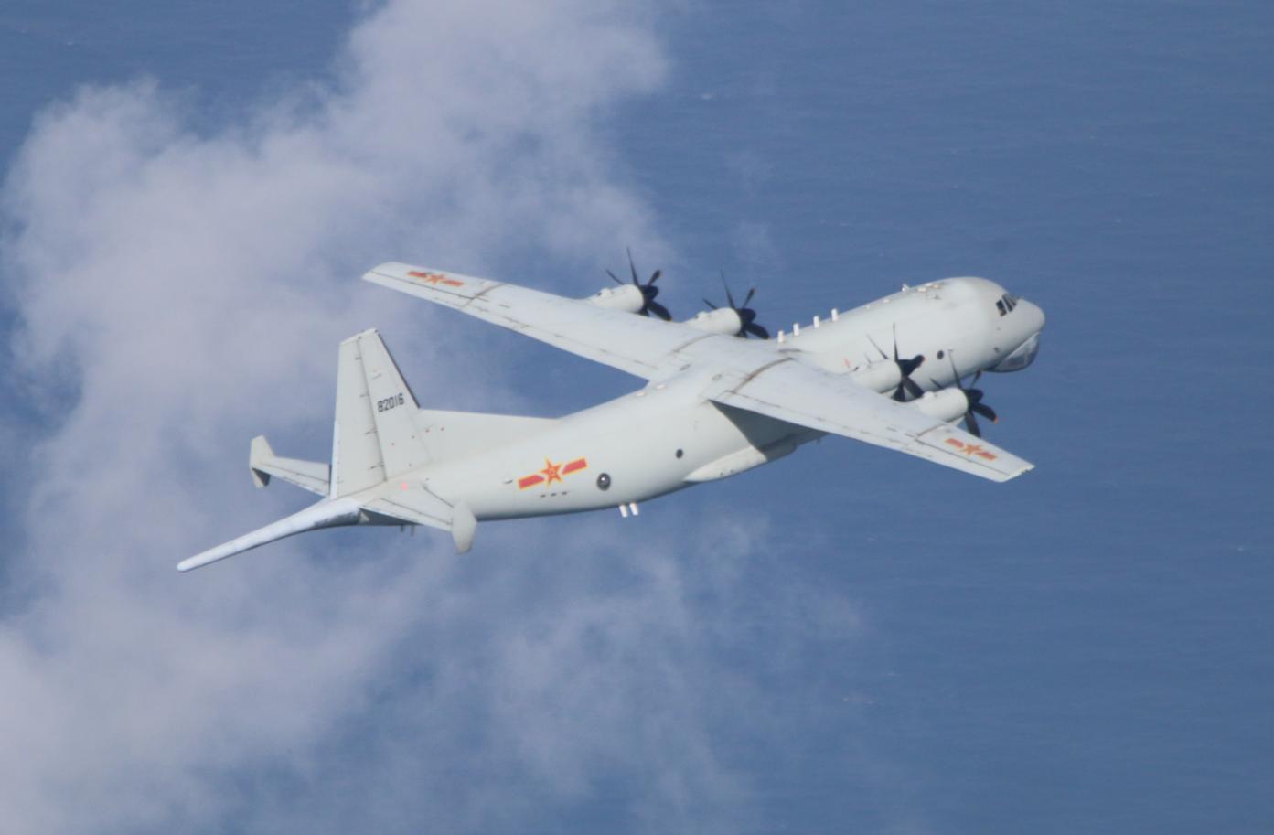 台军:解放军今天5架军机进入台湾西南空域图片