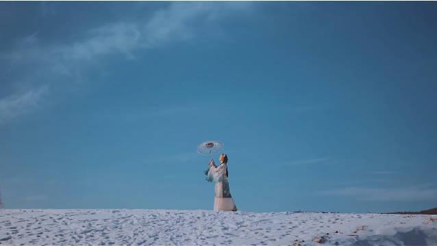 在呼伦贝尔随便一个小村庄就能拍出雪景古风片
