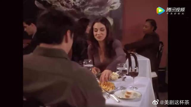 乔伊从不和别人分享自己的食物 当然,女朋友也不行!