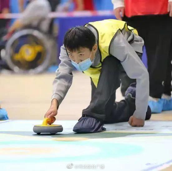石家庄市特殊教育学校学生在全国残疾人旱地冰壶比赛中取得优异成……