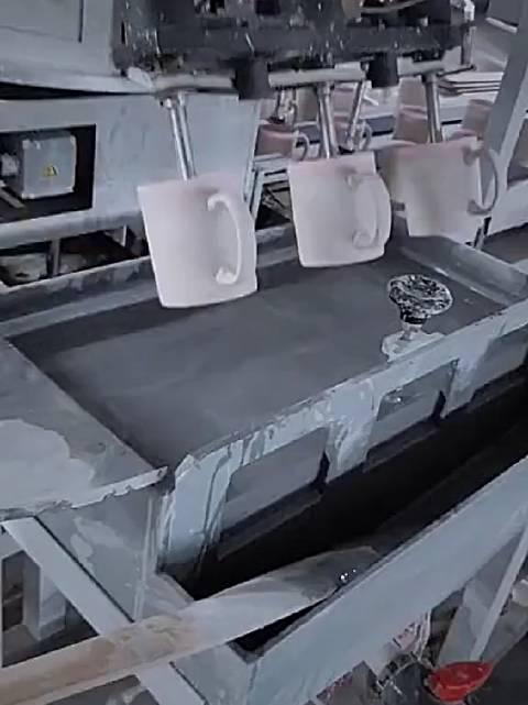 陶瓷杯上釉流水线