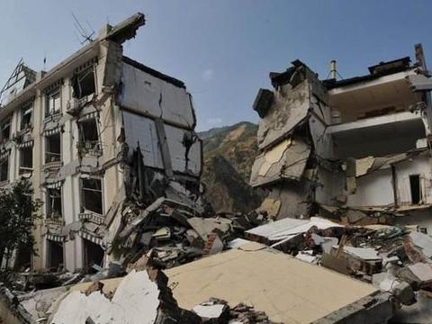 地震来临时,低楼层和高楼层哪个更安全?模拟结果意外了!