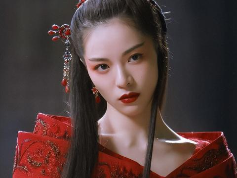 同样饰演聂小倩,钟楚曦刘亦菲王祖贤杨幂,你最喜欢谁?