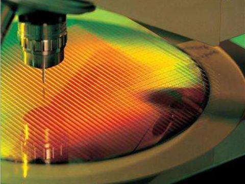 """全球芯片产能吃紧,台积电、三星、联电在中国大陆有""""动作""""了?"""
