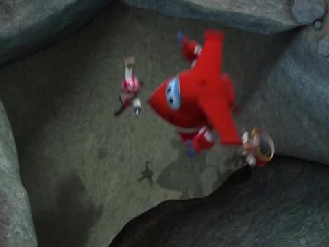 超级飞侠:海盗船被困深坑,只有头顶有洞口,根本出不去!