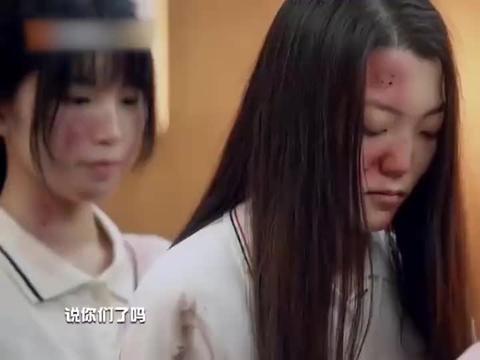 节目组黑衣人凶巴巴的,杨幂大张伟受惊的小眼神,太让人心疼!