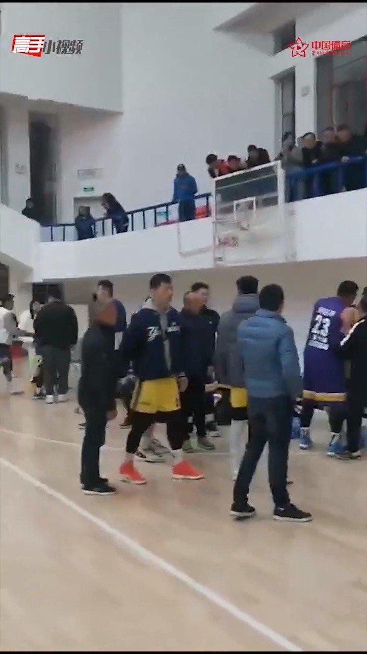江西篮协主席:球员已道歉 听从体育局处理
