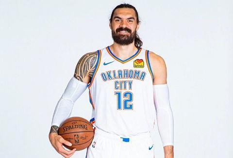 NBA新纪录诞生!雷霆4方交易送走亚当斯,得到2750万交易