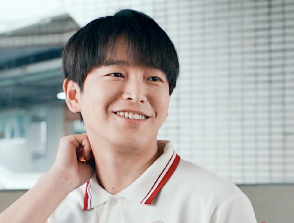 彭昱畅坦言力荐张子枫出演《风犬少年的天空》被拒,原因让人笑
