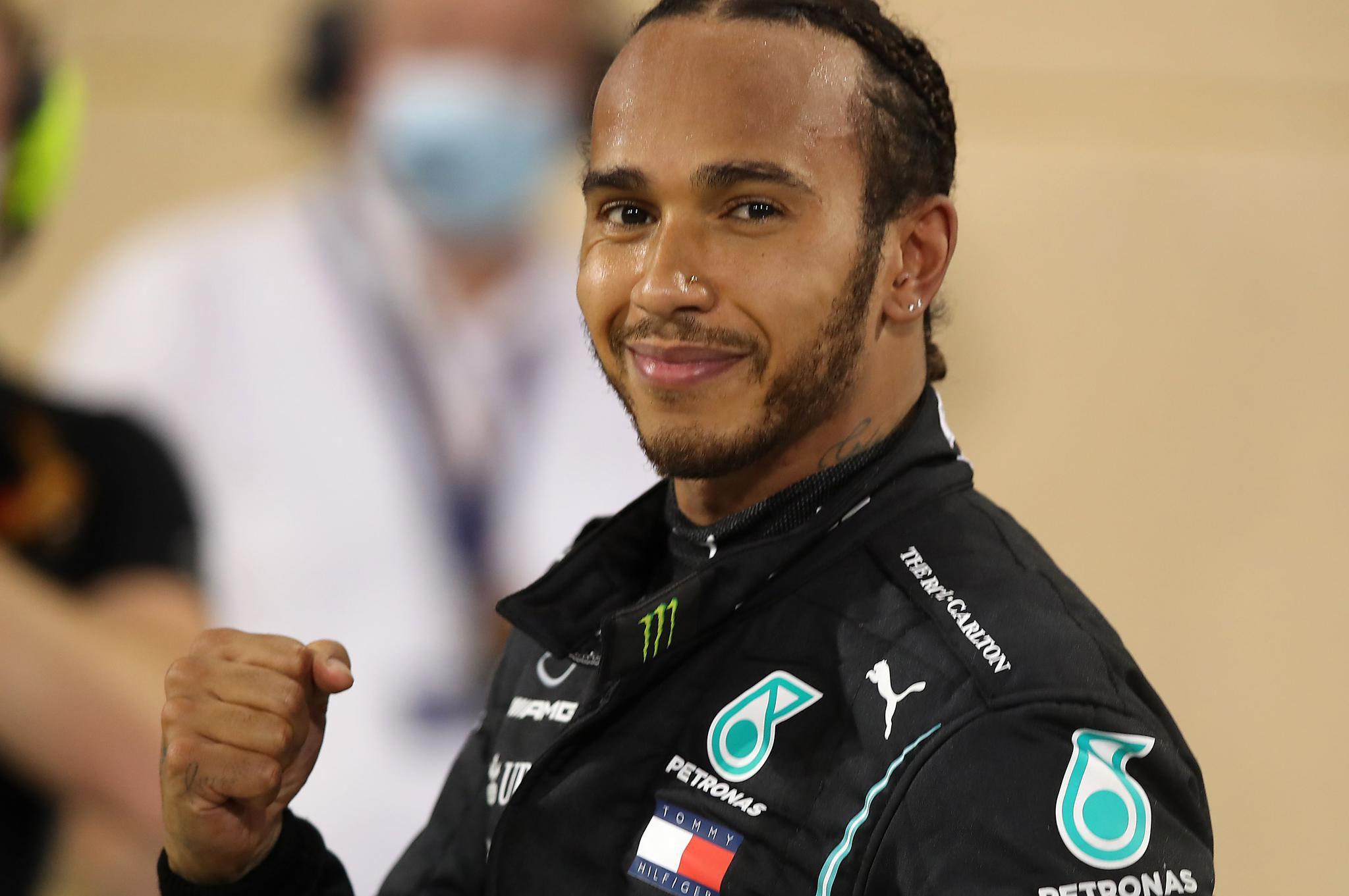 F1巴林站:汉密尔顿无悬念夺冠 格罗斯让火海逃生