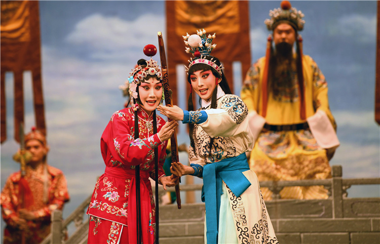 河北石家庄:引进高雅艺术 打造文化盛宴