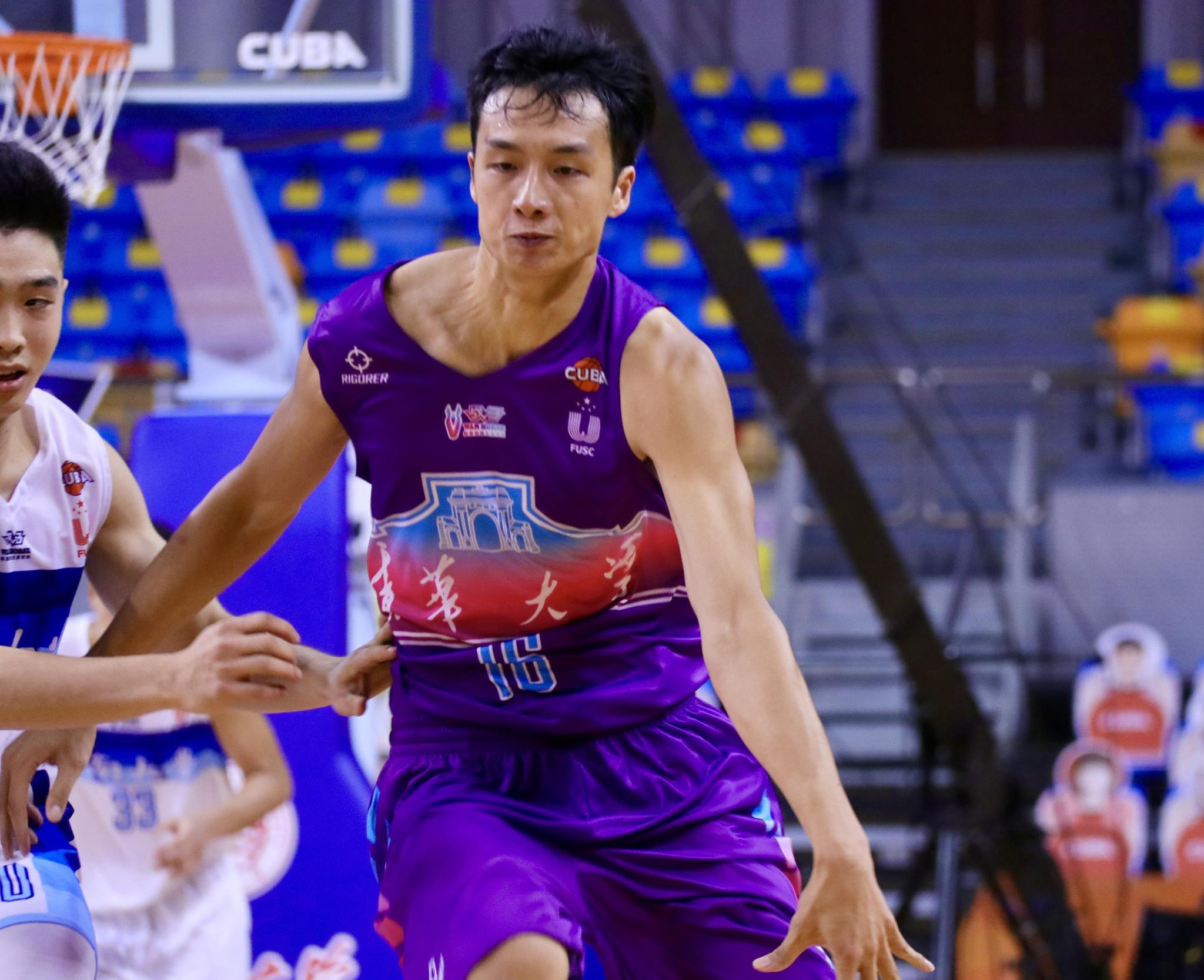 篮球,我不想轻易放下——专访江苏肯帝亚队新秀郑祺龙