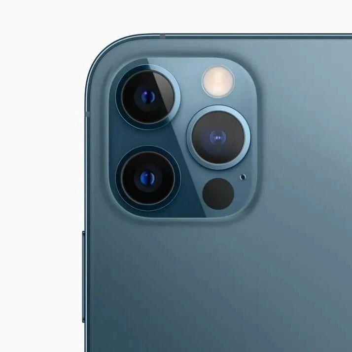 首款折叠屏iPhone已送厂测试;未来iPhone还将搭载潜望式镜头
