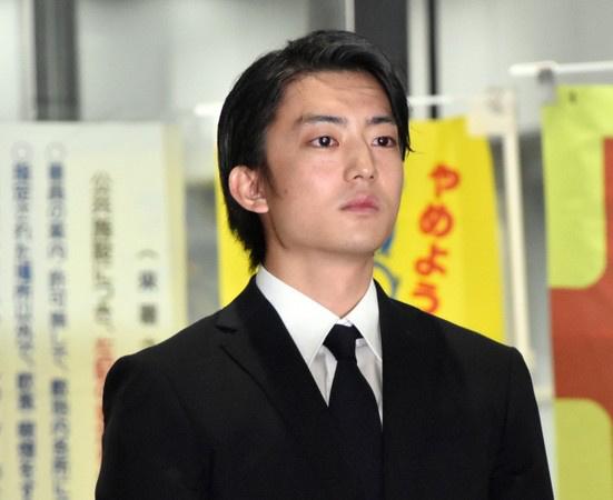 23岁伊藤健太郎肇事逃逸后现身:愿用一生偿还