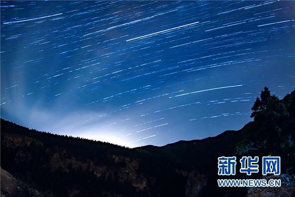 这是在宁夏贺兰山国家森林公园拍摄的星空