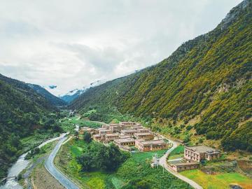 入选世界旅游减贫百大案例 这个高原村寨热闹了
