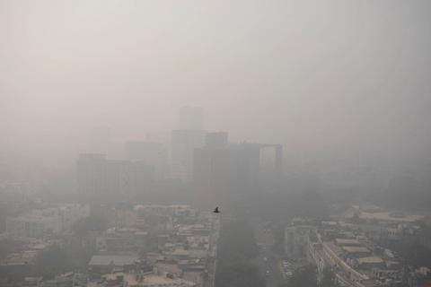 印度首都遭遇一年来最严重空污 PM2.5超安全值限14倍