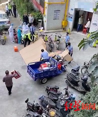 东莞一男子坠楼砸中快递员均身亡 该事件正在进一步调查中