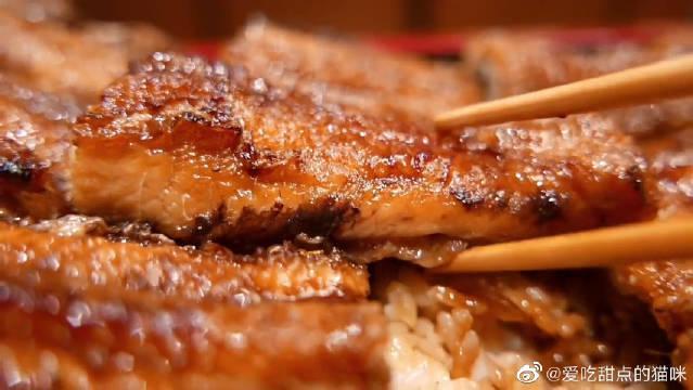 鳗鱼鲜香软糯,富含多种蛋白质……