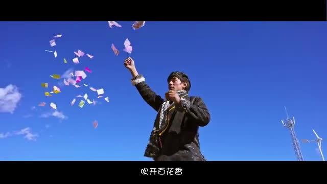 一望无垠的高原,黝黑的健康皮肤,宽大的袍子……这一定是西藏!……