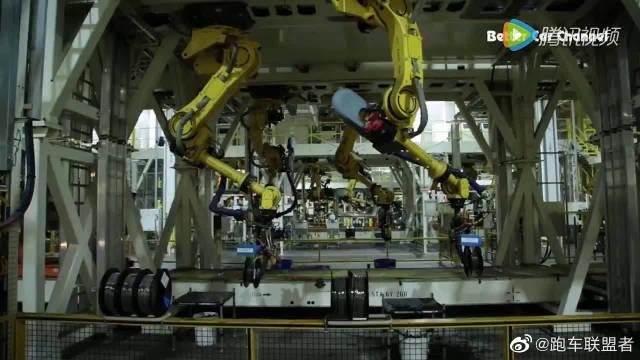 史上最硬朗智能皮卡原来这么造 探访福特F系SD皮卡工厂