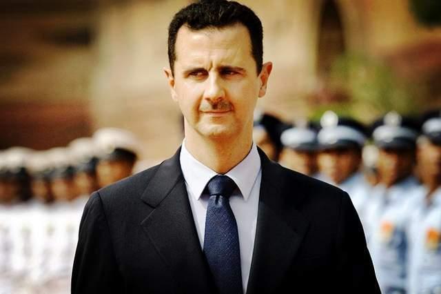 美国追加制裁叙利亚,美军加紧偷盗叙石油,还叫喊:为自由与民主
